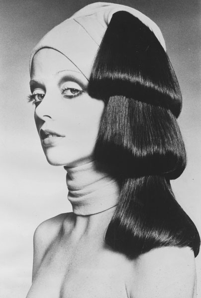 Raphael's Femme Fatale Turban Look – 1971