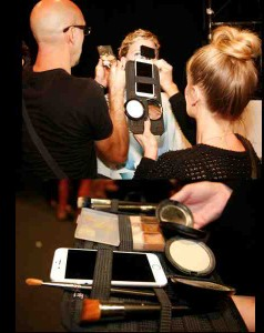 Mac Makeup Artists Use Phone To Light Up Faces - 2016