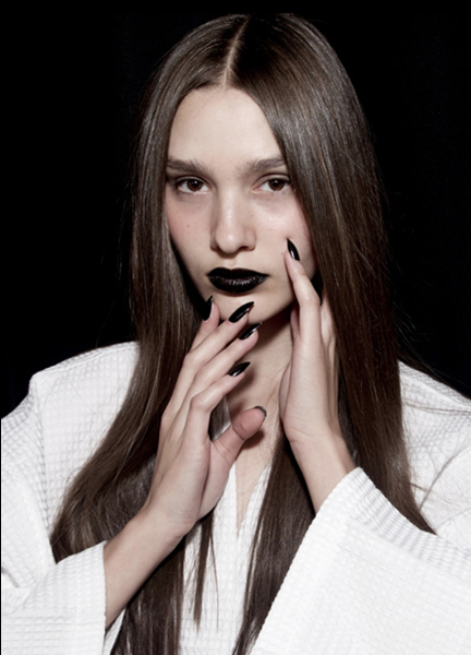Black Lips, Long Black Nails @ Linder NYFW – 2018