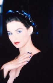 21  Dancing Hair 1986