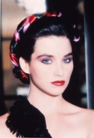 19  Dancing Hair 1986