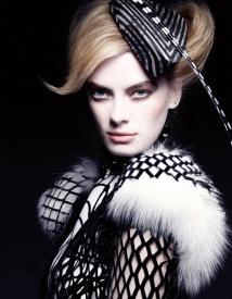 9   Vogue Nippon Beauty