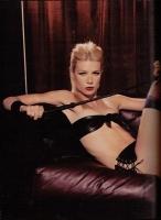 2   Gwyneth Paltrow - 1999