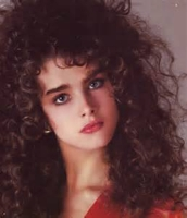 16  US Vogue Brooke Shields Curly - 1983