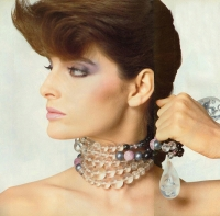 8  US Vogue Joan Severance - 1982