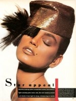 28 US Vogue  Hat Cindy Crawford - 1987