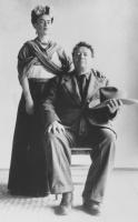 15  Frida Kahlo and Diego Rivera