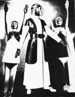 2 The Fashion Group Montreal Moon Photo - 1969