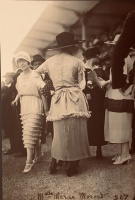 13  French Fashion, Women, and the First World War