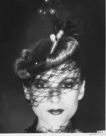 6 Hat Chignons 1978